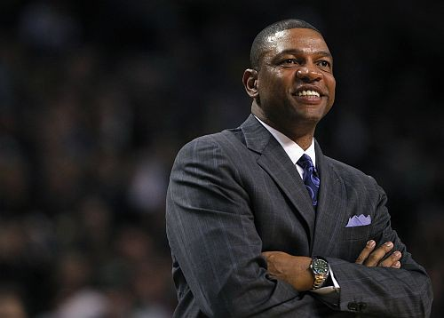 Austrumu komandu NBA Zvaigžņu spēlē vadīs Riverss