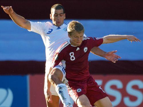 Futbola izlase Izraēlai minimāli zaudē arī Rīgā