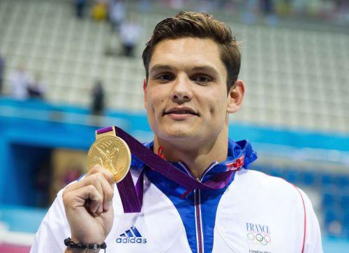 Manadū peldētāju ģimenei vēsturisks panākums olimpiādē