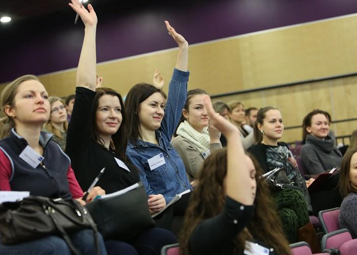 Lattelecom Rīgas maratona adidas skriešanas skola pulcēs vairāk nekā 400 dalībnieku