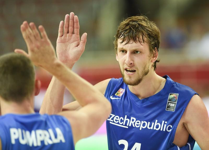 """Veselijs: """"Latvija spēlē pret mums būs favorīte"""""""