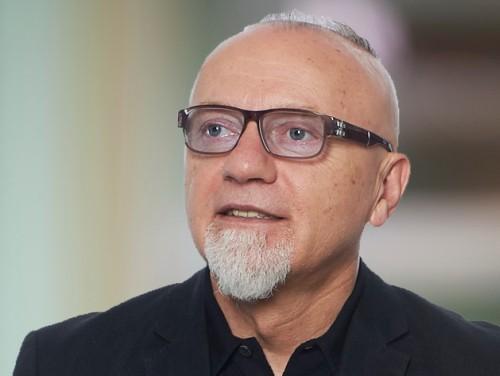 Ross Akmens piedalās pārrunās par Ukrainas Premjerlīgas kluba pirkšanu