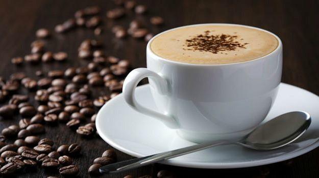 Latvijas iedzīvotāji – baltās kafijas mīļotāji