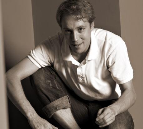 Aktieris Ainārs Ančevskis par smaidu un attieksmi