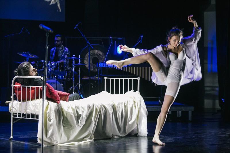 14. februāra vakarā Liepājas koncertzālē «Lielais dzintars» tika pirmatskaņota amerikāņu mūzikas izrāde «Pēc pusnakts / after midnight»