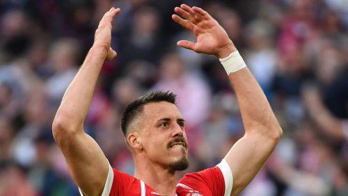 """""""Bayern"""" ātri ielaiž, bet atbild ar pieciem vārtiem"""