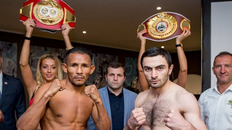 Krievu bokseris Čaņijevs Rīgā nosargā WBO un IBF jostas
