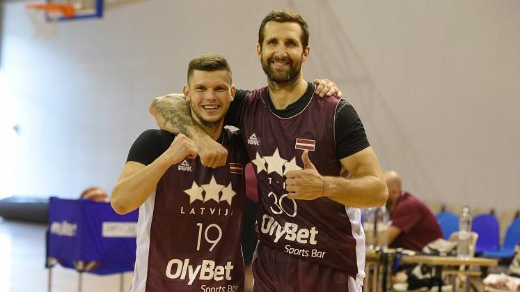 Basketbolisti Lietuvā: ar Lomažu un Gražuli, bez Butjankova un Strautiņa