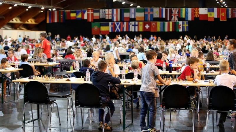 Par krāpšanos Rīgā notiekošajā Eiropas jaunatnes šaha čempionātā diskvalificēts spēlētājs