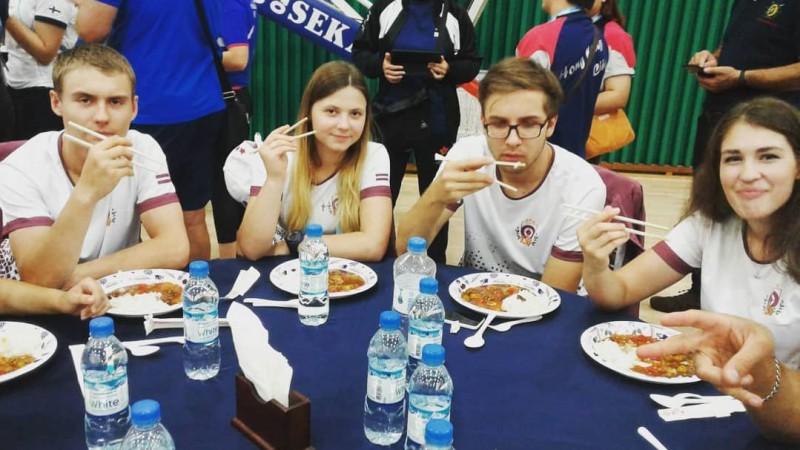 Kovaļevska priekšā Rašmanei pēc Eiropas čempionāta pirmās dienas
