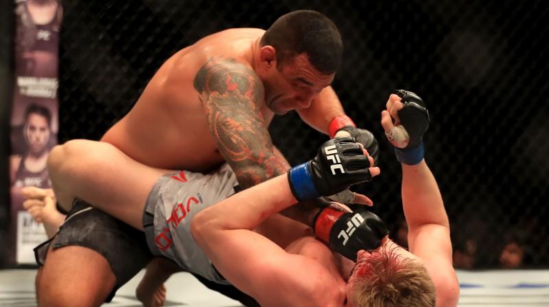 Bijušajam UFC smagsvaru čempionam Verdumam divu gadu diskvalifikācija par dopinga lietošanu