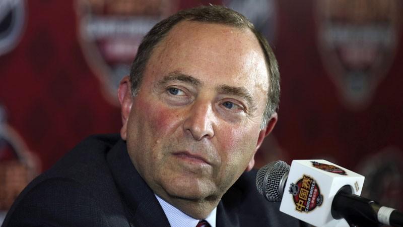 NHL komisārs piedāvāja iekļaut hokeju vasaras olimpiskajās spēlēs, SOK nepiekrita