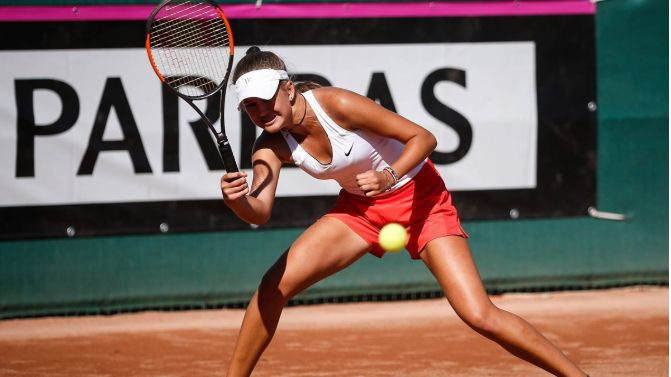 """Latvijas tenisistes cīnīsies par piekto vietu junioru """"FedCup"""" turnīrā"""