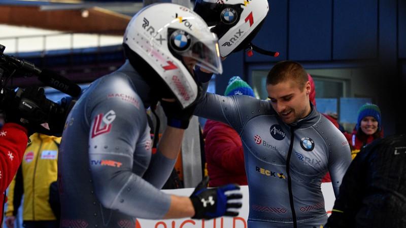 Ķibermanis iespraucas starp vāciešiem, Bērziņam labas iespējas finišēt desmitniekā
