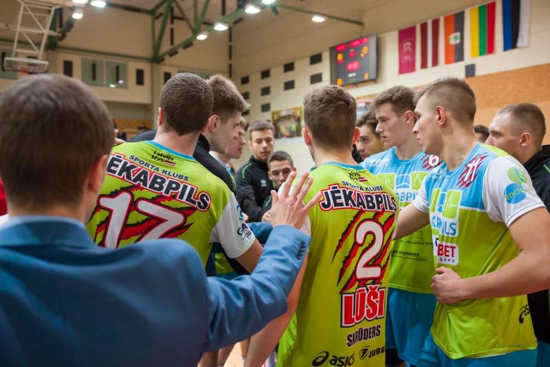 Latvijas volejbola kausa pusfināli: pastarīši izaicinās favorītus