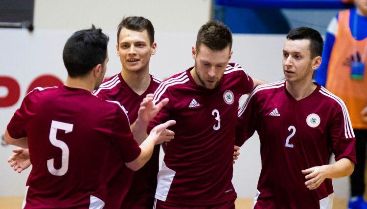 Latvija sakauj Gibraltāru un grupas uzvarētāju noskaidros cīņā ar Angliju