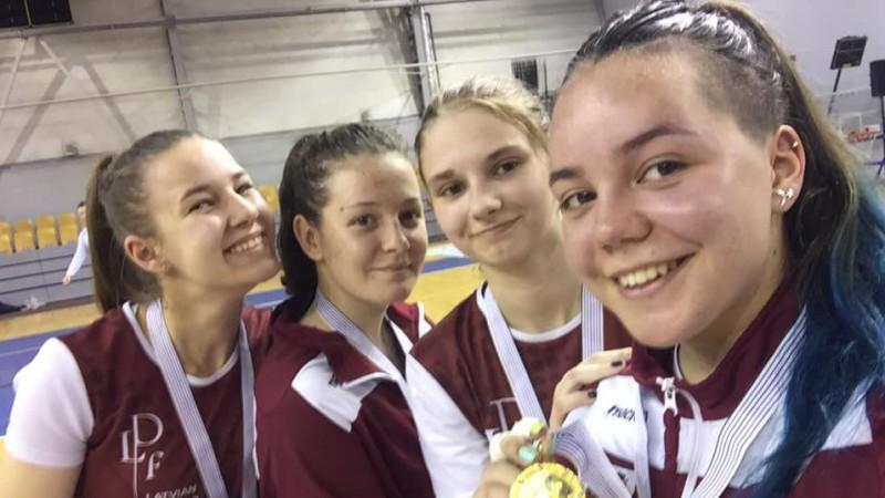 Solodkiha uzvar Ziemeļvalstu čempionātā paukošanā starp juniorēm