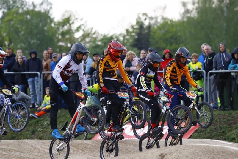 Ar jaunu dalībnieku rekordu Jelgavā sākusies ''SMScredit.lv BMX čempionāta'' sezona