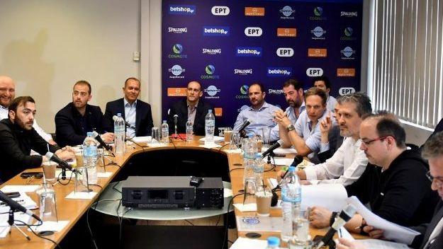 """Strēlnieka pārstāvētā """"Olympiacos"""" turpina skandalēt ar Grieķijas līgu"""
