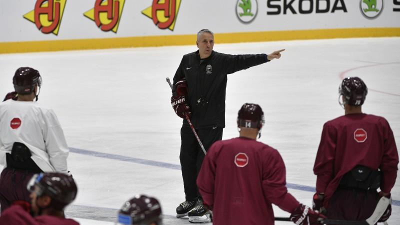 Pirms spēles pret Krieviju Latvijas treniņā nepiedalās Indrašis un Galviņš