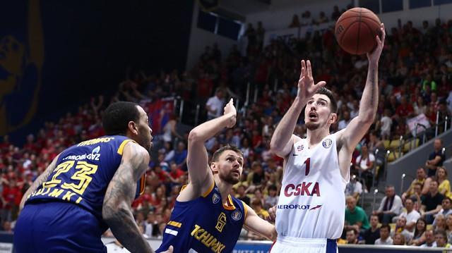 De Kolo pamet CSKA, Eirolīgas čempione pagarina līgumu ar kapteini Hainsu