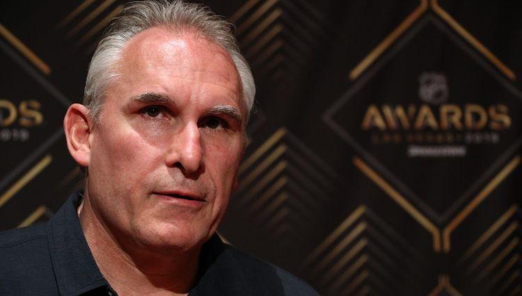 NHL čempione atalgo galveno treneri Berubē ar jaunu līgumu