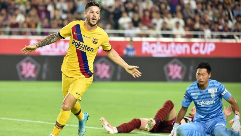 """""""Barcelona"""" Japānā tiekas ar kluba leģendu Injestu, uz Kobi pārceļas arī Vermālens"""