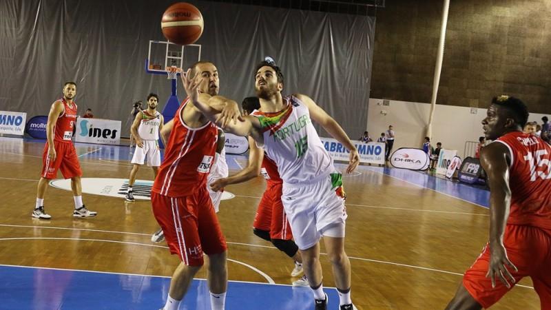 EČ kvalifikācija: Portugāle sabojā Kapelas pārstāvētās Šveices izlases cerības