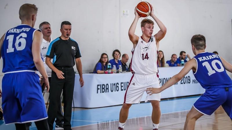 """""""Mirsti citu dienu"""": Latvijas U16 izlase izslēdz Igauniju un turpina cīņu par izdzīvošanu"""