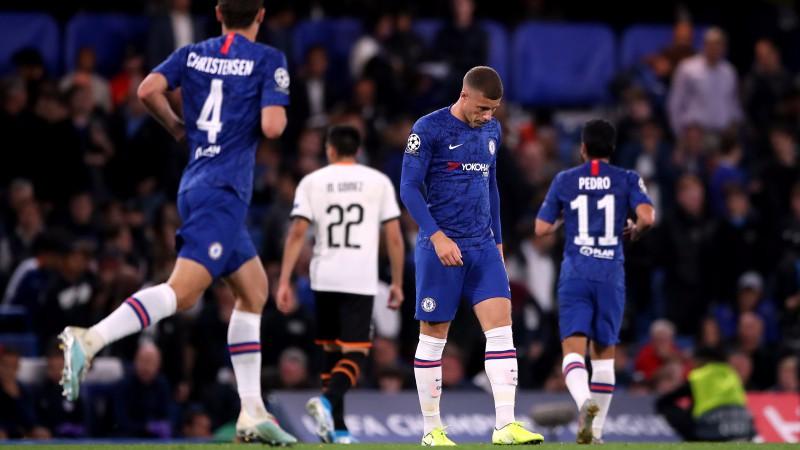 """""""Chelsea"""" savā laukumā piekāpjas """"Valencia"""", """"Ajax"""" sāk droši"""