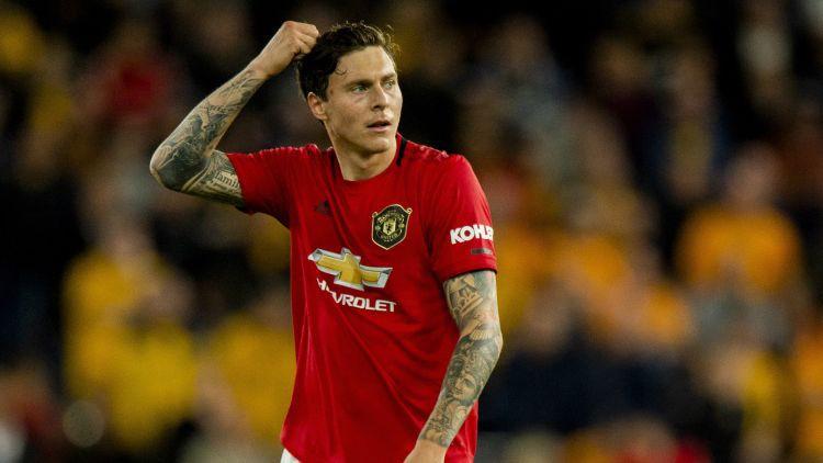 """Mančestras """"United"""" ar zviedru Lindelēvu paraksta jaunu līgumu uz pieciem gadiem"""