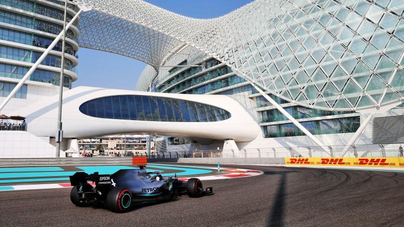 "Čempions Hamiltons sezonas pēdējo posmu sāks no ""pole-position"""