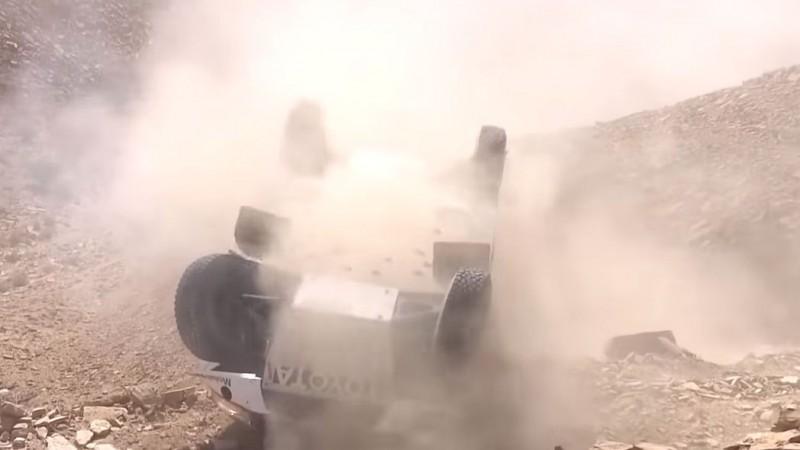 Video: Lietuvieši Dakaras rallijā palīdz avarējušai ekipāžai