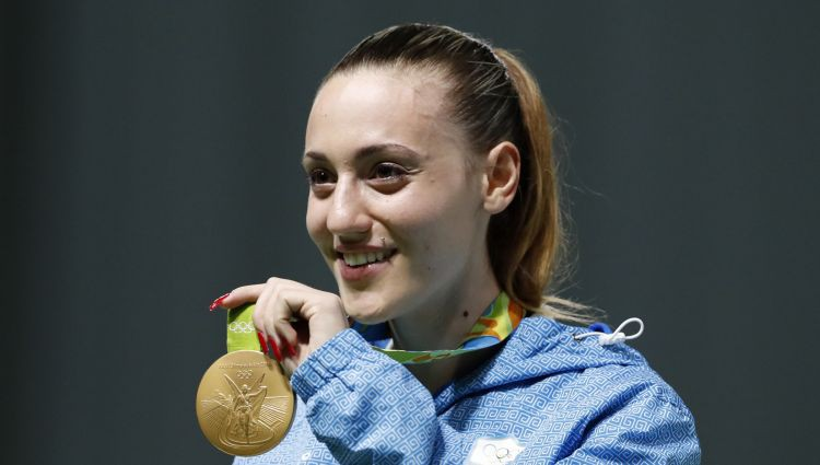 Olimpiskās lāpas stafeti pirmoreiz sāks sieviete - olimpiskā čempione šaušanā Korakaki