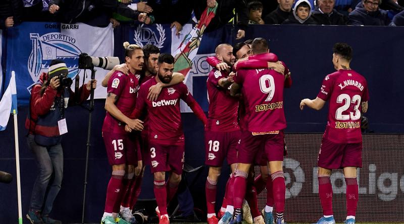 """Spānijas futbola klubā """"Alaves"""" saslimšana ar """"Covid-19"""" noteikta 15 cilvēkiem"""