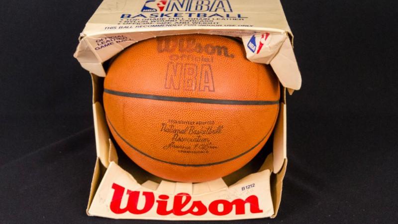 """Pēc 37 gadu pārtraukuma NBA atgriezīsies """"Wilson"""" bumbas"""