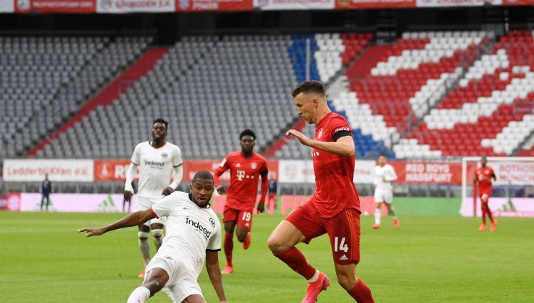 """Dortmundei droši trīs punkti, """"Bayern"""" iesit piecus un sagrauj """"Eintracht"""""""