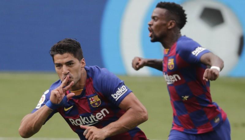 """Svaress iesit divreiz, Mesi izpilda ģeniālu brīvsitienu, """"Barcelona"""" zaudē punktus"""