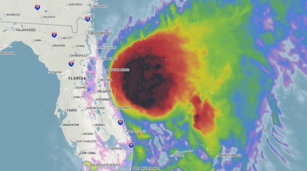 Tropu viesuļvētra pasaudzē Floridas burbuļus