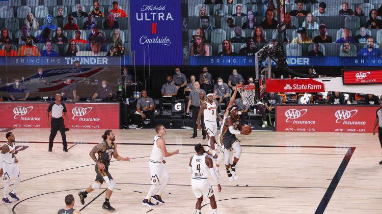 """""""Sēdēt"""" NBA burbuļa tribīnēs - virtuālā fana sajūtas un pieredze"""