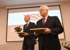 Foto: LOK Ģenerālajā asamblejā pulcējas pašmāju sporta funkcionāri