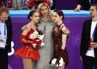 Olimpiskajās spēlēs Medvedeva prasījusi, vai Zagitova nevarēja palikt starp juniorēm