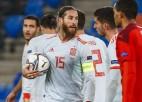Ramoss ar 177. spēli izlasē pārspēj Bufona Eiropas rekordu un nerealizē divas pendeles