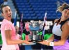 "Mertensa un Sabaļenka Melburnā izcīna otro ""Grand Slam"" titulu"