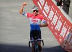 Fantastiskais Van der Pūls triumfē ''Strade Bianche''; Skujiņam 45. vieta