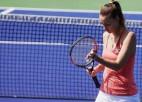 """Krievu tenisiste aizturēta aizdomās par geima atdošanu """"Roland Garros"""" spēlē"""