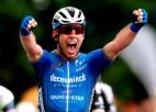 """Leģendārais Kavendišs uzvar ''Tour de France"""" ceturtajā posmā; Skujiņš peletonā"""