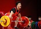 Ķīnai 4. zelts svarcelšanā, Albānijai nedaudz pietrūkst līdz pirmajai medaļai OS vēsturē