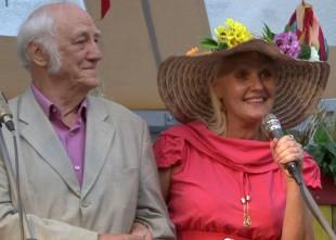 Video: Joprojām uzticīga Rozenštrauham un skatuvei