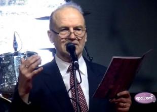 """Video: Apgāds JUMAVA sumina labākos un prezentē grāmatu """"Zaldātu zābakos"""""""
